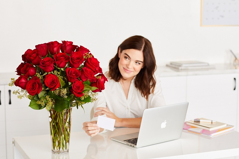 What Flowers To Give An Office Worker