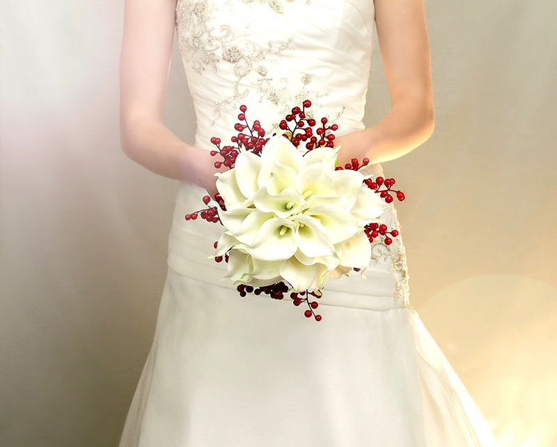Artificial Wedding Bridal Bouquet - An Alternative To Live Flowers