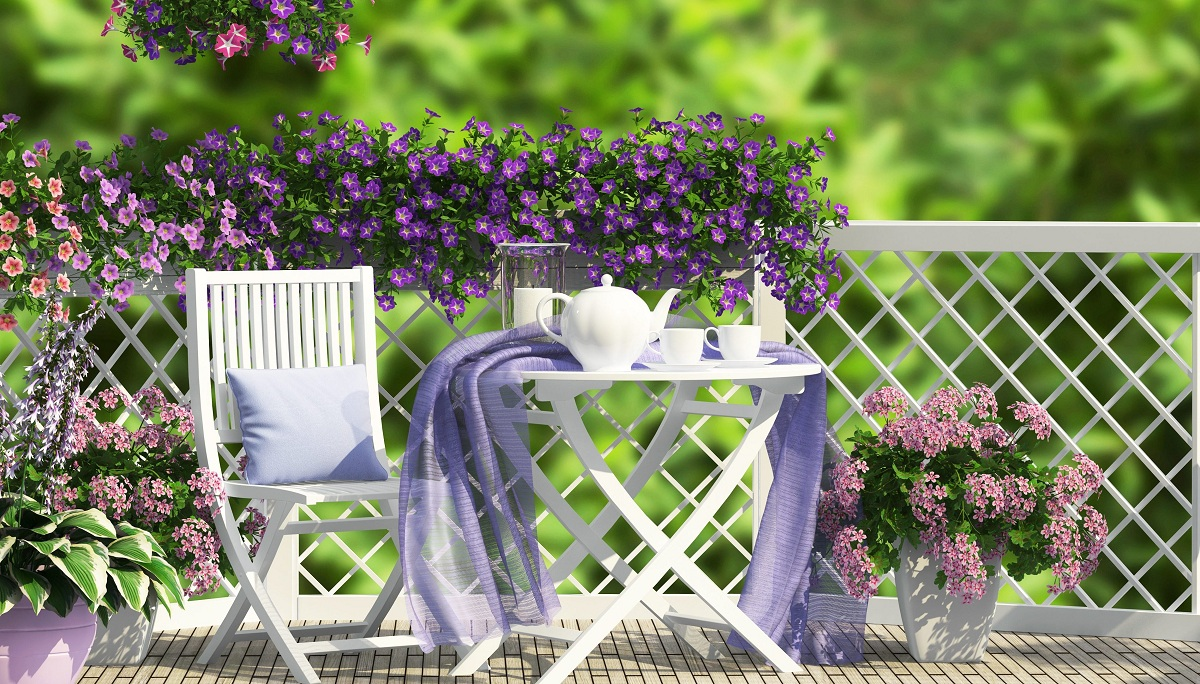 5 Ideas To Beautify The Balcony In Spring