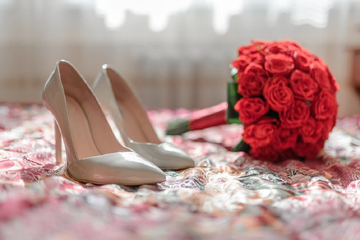 What Flowers Are Used For The Red Bridal Bouquet?