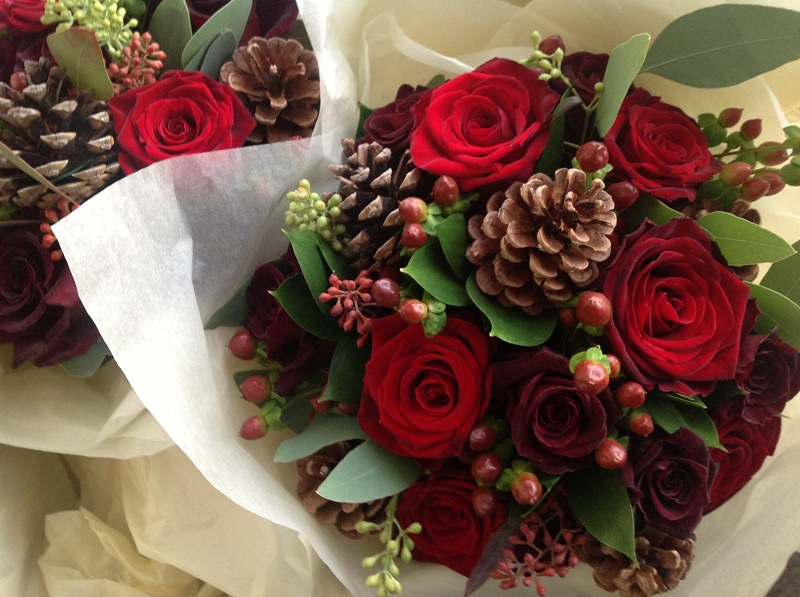 What Flowers Are Suitable For The Winter Bouquet Of The Bride?